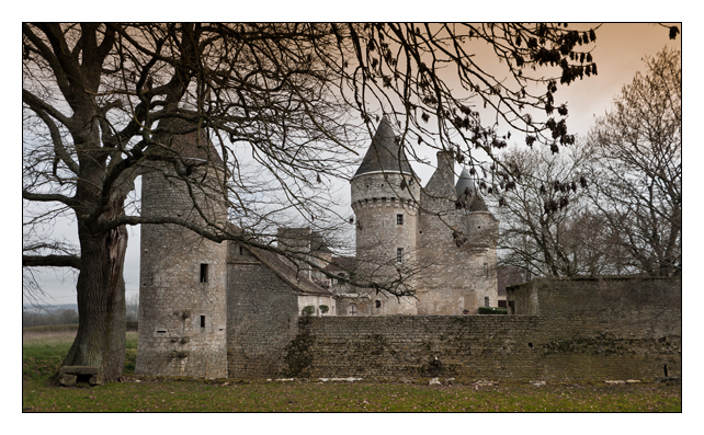ci-1-2011-chateaux-cecile-miss.jpg